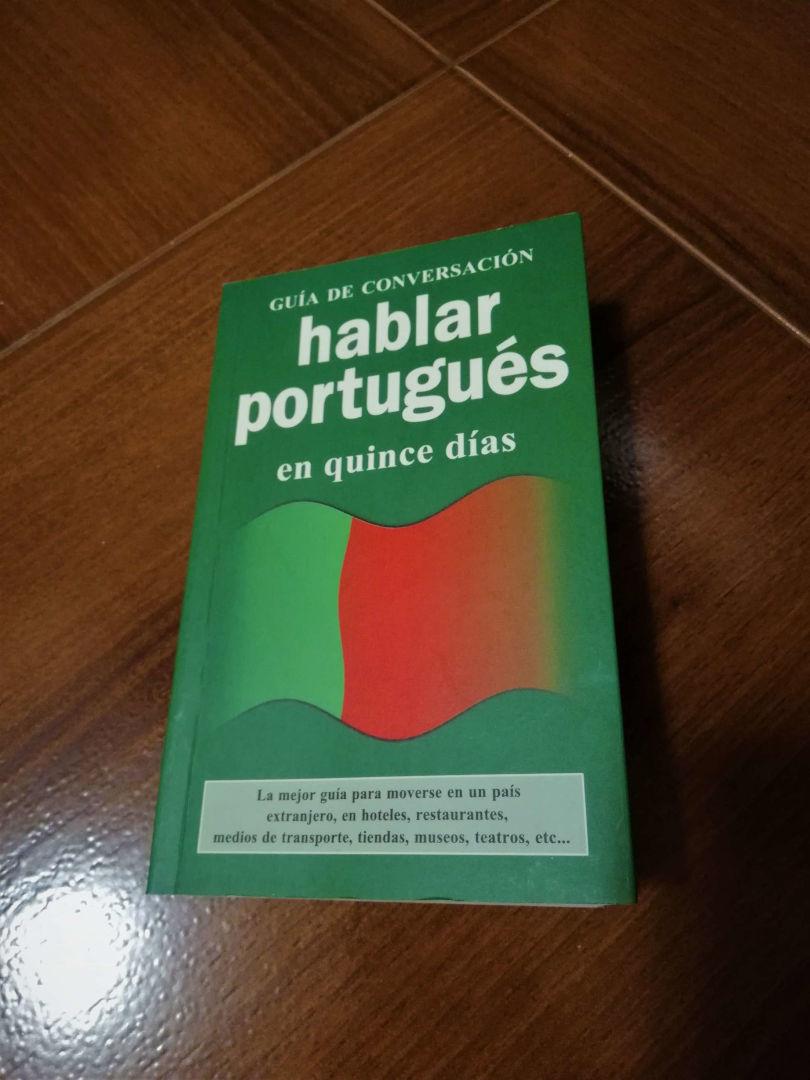 Libro para hablar portugués en quince días.